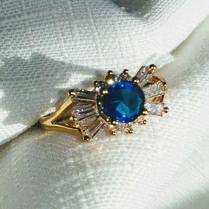 Stunning sapphire and white topaz gemstone ring